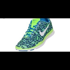 Nike free leopard print 5.0 shoes